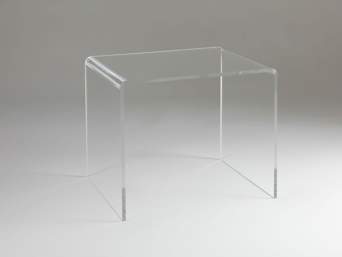 Table basse 500 en plexiglas transparent