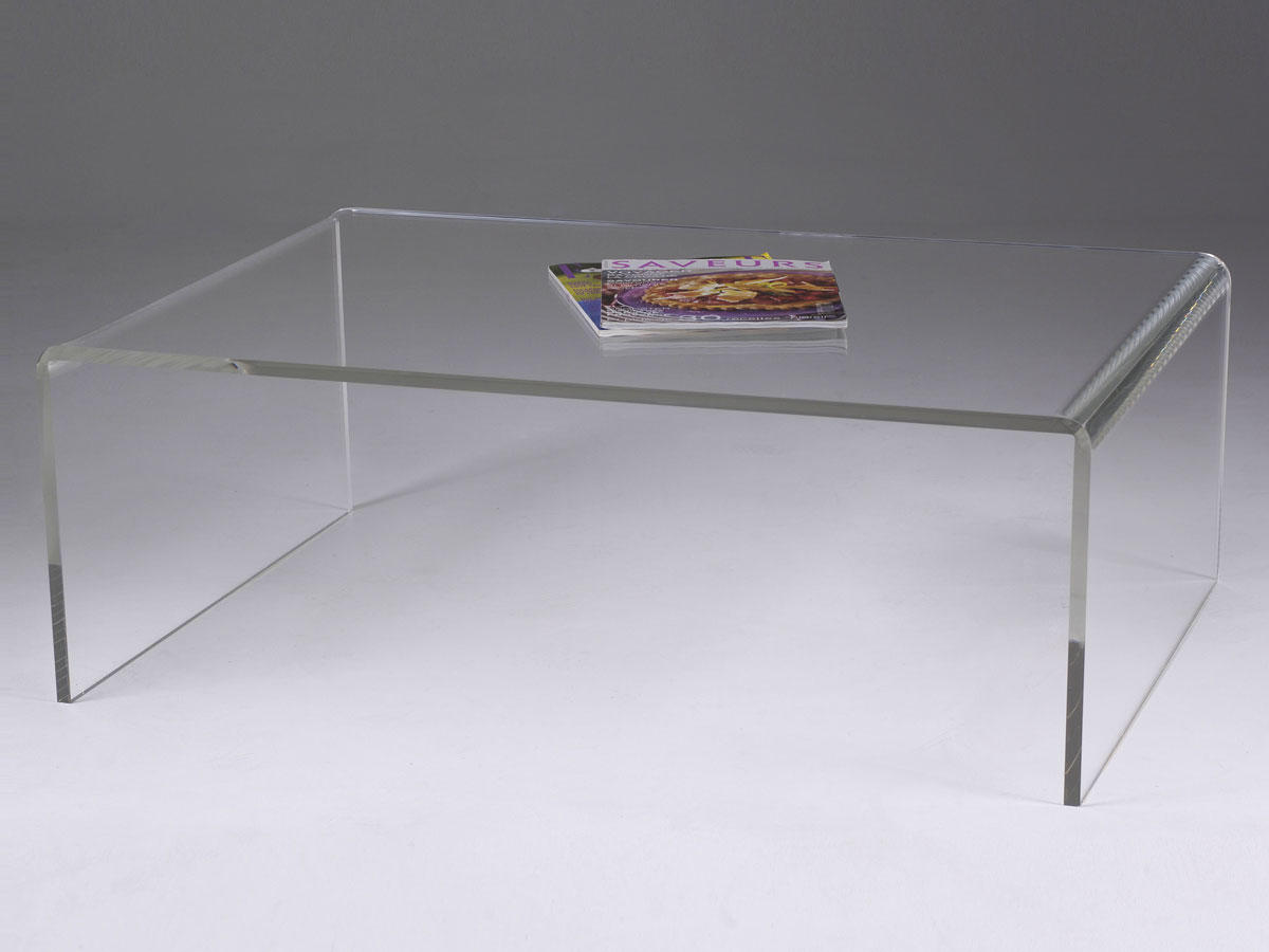 Table basse de salon en plexiglas transparent